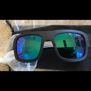 New FOX Brand Sunglasses